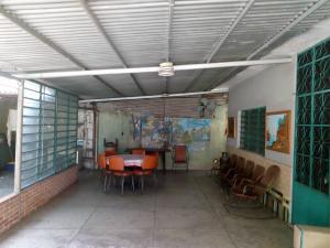 Casa En Venta En Maracay - La Cooperativa Código FLEX: 19-12260 No.17