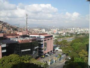 En Venta En Caracas - Terrazas del Avila Código FLEX: 19-12341 No.13