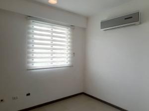 Apartamento En Venta En Valencia - Valle Blanco Código FLEX: 19-14988 No.13