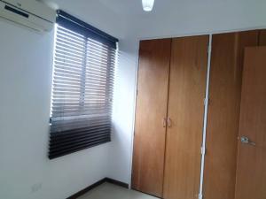 Apartamento En Venta En Valencia - Valle Blanco Código FLEX: 19-14988 No.15