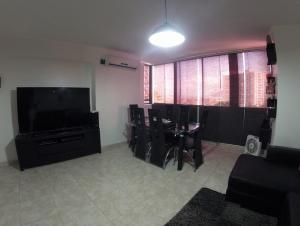 Apartamento En Venta En Caracas - Lomas del Avila Código FLEX: 19-12390 No.3