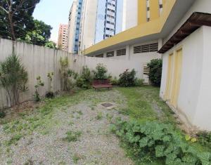 Apartamento En Venta En Caracas - Lomas del Avila Código FLEX: 19-12390 No.17