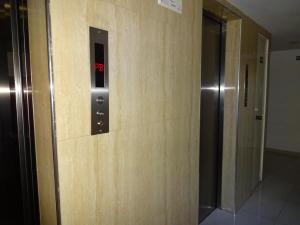 Apartamento En Venta En Caracas - Lomas del Avila Código FLEX: 19-12390 No.14