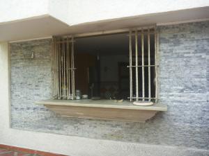 Casa En Venta En Caracas - Los Chorros Código FLEX: 19-12406 No.4