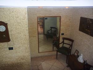 Casa En Venta En Caracas - Los Chorros Código FLEX: 19-12406 No.10