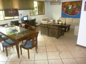 Casa En Venta En Caracas - Los Chorros Código FLEX: 19-12406 No.14