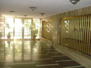 Apartamento En Venta En Caracas - El Marques Código FLEX: 19-12464 No.1