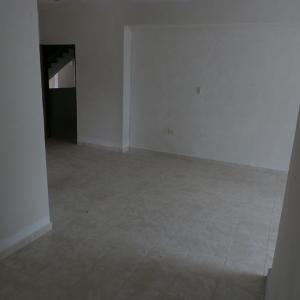 Apartamento En Venta En Valencia - Sabana Larga Código FLEX: 19-12714 No.9