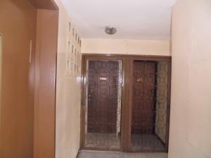 Apartamento En Venta En Caracas - Parroquia La Candelaria Código FLEX: 19-12594 No.2