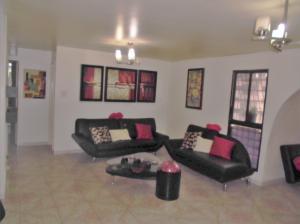 Apartamento En Venta En Caracas - Parroquia La Candelaria Código FLEX: 19-12594 No.4