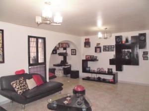 Apartamento En Venta En Caracas - Parroquia La Candelaria Código FLEX: 19-12594 No.3