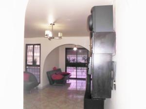 Apartamento En Venta En Caracas - Parroquia La Candelaria Código FLEX: 19-12594 No.6