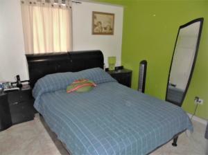 Apartamento En Venta En Caracas - Parroquia La Candelaria Código FLEX: 19-12594 No.12