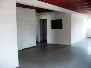 Local Comercial En Alquiler En Caracas En Municipio Baruta - Código: 19-12762