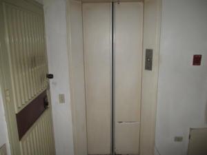 Apartamento En Venta En Caracas - Parroquia La Candelaria Código FLEX: 19-12975 No.7