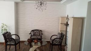 Apartamento En Alquiler En Caracas - Altamira Sur Código FLEX: 19-12834 No.4
