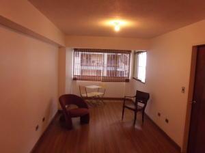 Apartamento En Venta En Caracas - Parroquia La Candelaria Código FLEX: 19-12885 No.13
