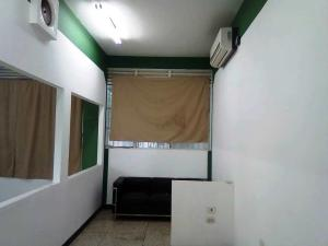 Local Comercial En Alquiler En Caracas En Parroquia Catedral - Código: 19-13019