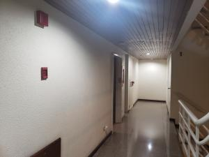 Apartamento En Venta En Caracas - Colinas de Valle Arriba Código FLEX: 19-12962 No.17