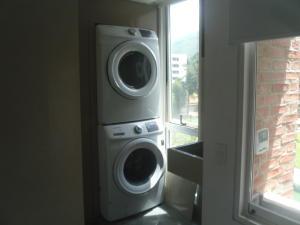 Apartamento En Venta En Caracas - Campo Alegre Código FLEX: 19-12974 No.14