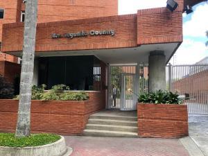 Apartamento En Venta En Caracas - La Lagunita Country Club Código FLEX: 19-12984 No.1
