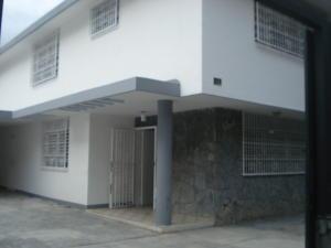 Casa En Venta En Caracas - Los Dos Caminos Código FLEX: 19-13163 No.1