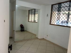 Apartamento En Venta En Caracas - Santa Monica Código FLEX: 19-13483 No.3