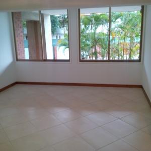 Apartamento En Venta En Caracas - Los Naranjos del Cafetal Código FLEX: 19-13555 No.5