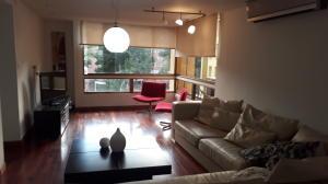 Apartamento En Alquiler En Caracas - La Alameda Código FLEX: 19-13328 No.5