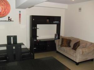 Apartamento En Venta En Caracas - Los Dos Caminos Código FLEX: 19-13404 No.5