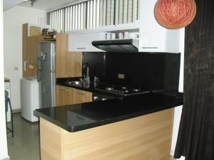 Apartamento En Venta En Caracas - Los Dos Caminos Código FLEX: 19-13404 No.9