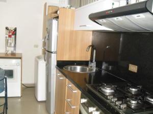 Apartamento En Venta En Caracas - Los Dos Caminos Código FLEX: 19-13404 No.10