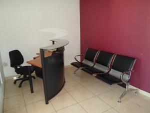 Oficina En Alquiler En Caracas - Parroquia Altagracia Código FLEX: 19-13414 No.2