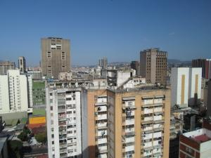 Oficina En Alquiler En Caracas - Parroquia Altagracia Código FLEX: 19-13414 No.13