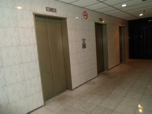 Oficina En Alquiler En Caracas - Parroquia Altagracia Código FLEX: 19-13414 No.12