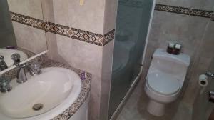 Apartamento En Venta En Caracas - Los Naranjos del Cafetal Código FLEX: 19-13486 No.12