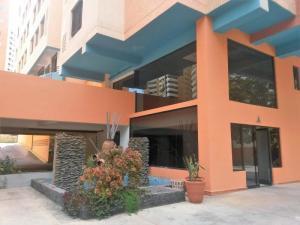 Apartamento En Venta En Valencia - Agua Blanca Código FLEX: 19-13491 No.1