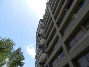 Apartamento En Venta En Caracas - La Castellana Código FLEX: 19-13505 No.0