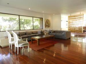 Apartamento En Venta En Caracas - La Castellana Código FLEX: 19-13505 No.4