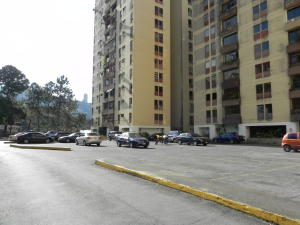 Apartamento En Venta En Caracas - Baruta Código FLEX: 19-13517 No.12