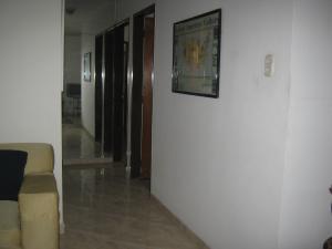 Apartamento En Venta En Valencia - Valles de Camoruco Código FLEX: 19-13545 No.6