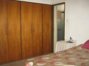 Apartamento En Venta En Valencia - Valles de Camoruco Código FLEX: 19-13545 No.16
