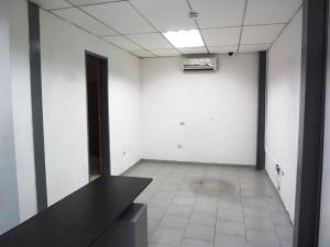 En Alquiler En Caracas - Las Acacias Código FLEX: 19-13556 No.2