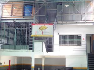 En Alquiler En Caracas - Las Acacias Código FLEX: 19-13556 No.1