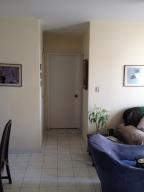 Apartamento En Venta En Caracas - La Urbina Código FLEX: 19-13618 No.4