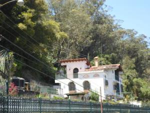 Casa En Venta En San Antonio de los Altos - La Suiza Código FLEX: 19-13642 No.2