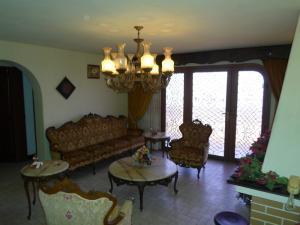 Casa En Venta En San Antonio de los Altos - La Suiza Código FLEX: 19-13642 No.6