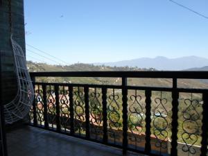 Casa En Venta En San Antonio de los Altos - La Suiza Código FLEX: 19-13642 No.14