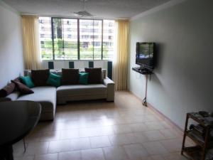 Apartamento En Venta En Caracas - Terrazas de Guaicoco Código FLEX: 19-13661 No.2