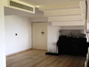 Apartamento En Venta En Caracas - Solar del Hatillo Código FLEX: 19-13664 No.2